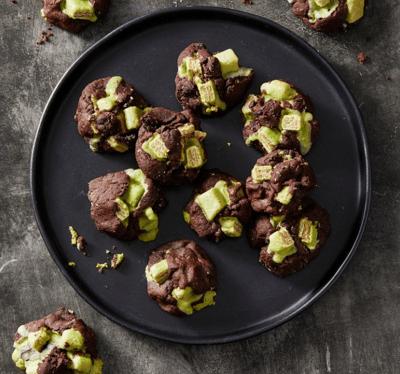 dark chocolate candy cookies